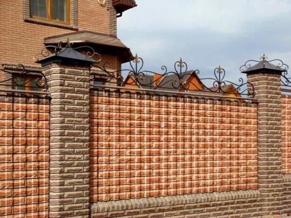 Осуществление кладки фасадов