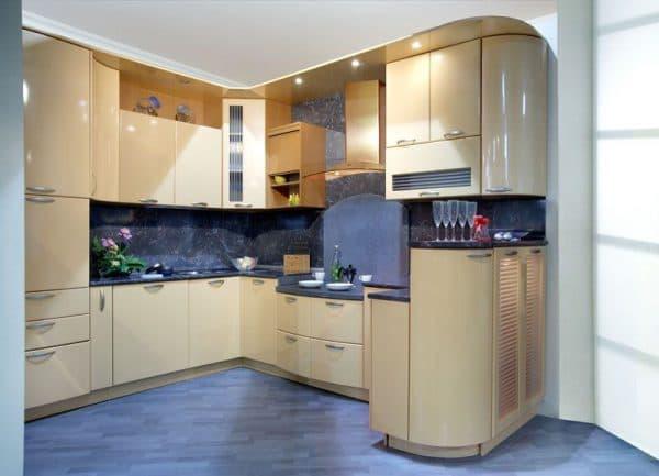 Кухни с эмалированными фасадами