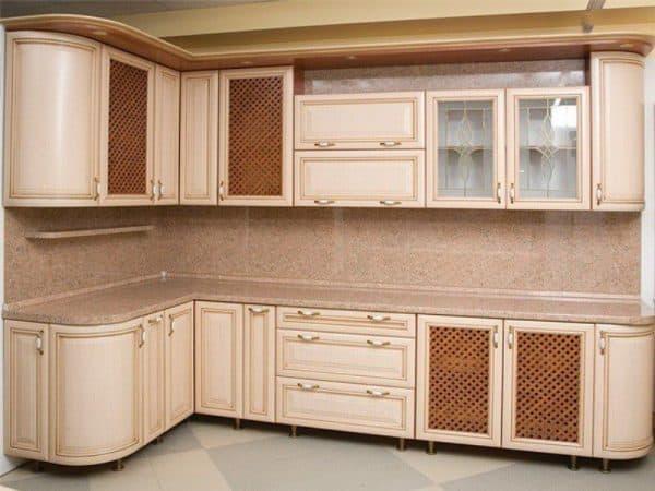 Кухни с закругленными фасадами