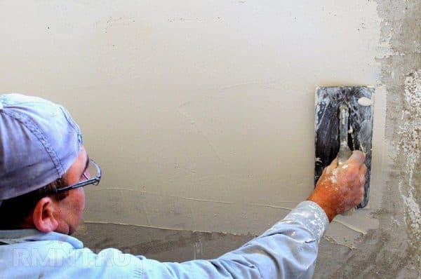 Нанесение на бетон